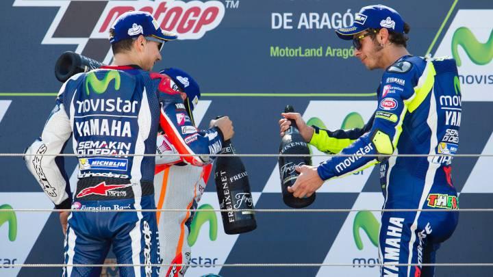 Jorge Lorenzo y Valentino Rossi en el podio del GP de Aragón.