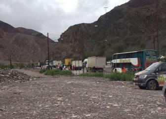 La caravana del Dakar pone rumbo a Salta tras el retraso