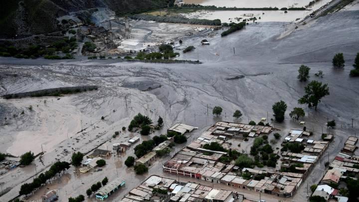 Pueblo de Volcan, en Argentina, afectado por las inundaciones que también han golpeado al Dakar.