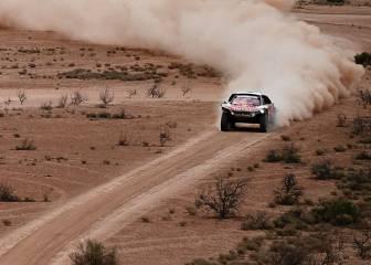 Peterhansel aguanta el ataque de Loeb: ya roza su 13º Dakar
