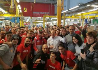 Lorenzo ya siente el cariño de Ducati en Borgo Panigale