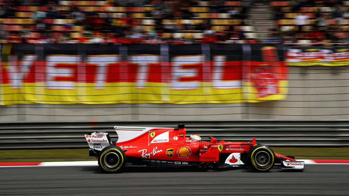 Hamilton. Vettel, Ferrari, Mercedes