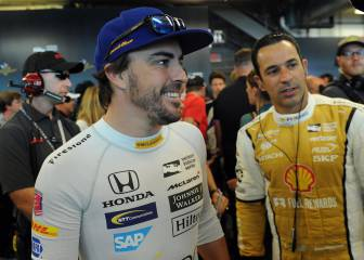 Castroneves bromeó con Alonso: