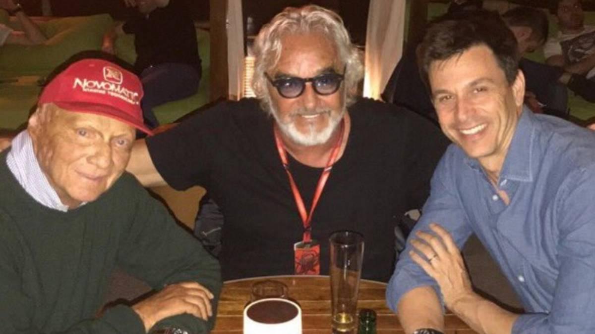 """Briatore, reuniones y cenas, por """"el futuro será lo que venga"""""""