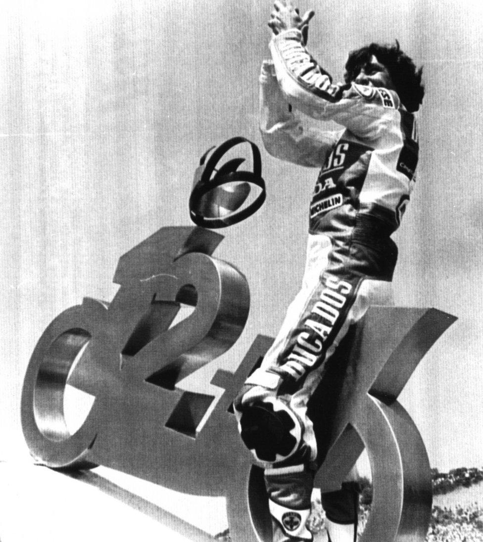 12+1 títulos: 50cc (1969, 1970, 1972, 1975, 1976 y 1977) y 125cc (1971, 1972, 1979, 1981, 1982, 1983 y 1984)