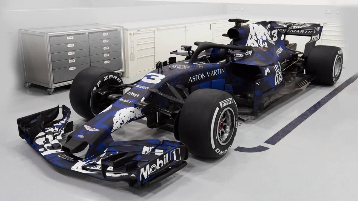 El Rb14 De Red Bull Con Un Diseño Especial Y Provisional