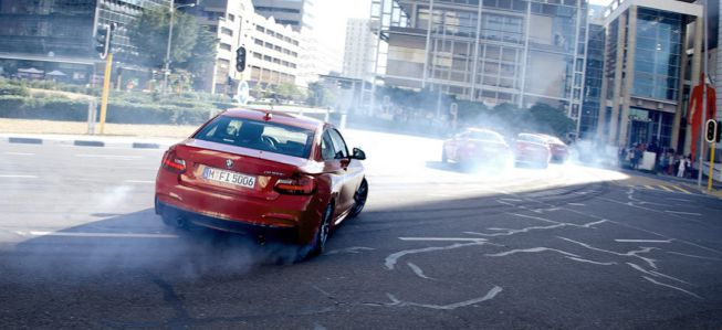 'The Epic DrifMob', coreografías a bordo de un M235i