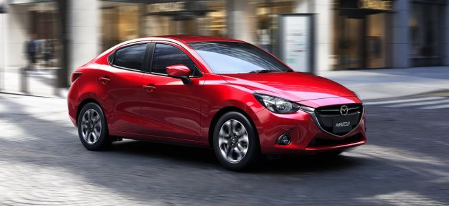 El Mazda2 también es sedán