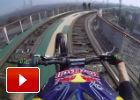 Motocross + Montaña Rusa = Combo ganador