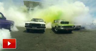 Nuevo Récord Guinness de quemar rueda: ¡103 coches!