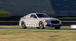 Mercedes muestra el C 63 Coupé… con camuflaje