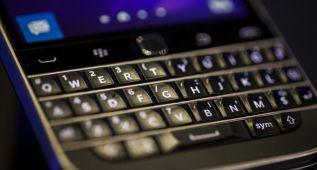 Blackberry anuncia su 'retorno a los clásicos' en enero próximo