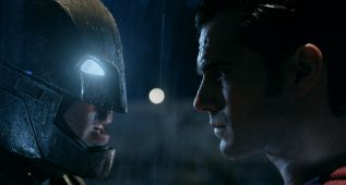 """Batman vs Superman: Amanecer de la Justicia"""
