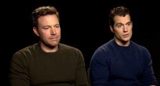 La cara de pena de Ben Affleck ante las críticas tras el estreno