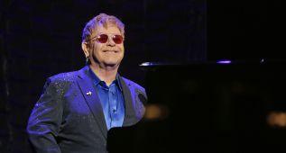 Elton John, demandado por acoso sexual a su exguardaespaldas