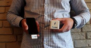 AirVolt, el primer cargador de móvil sin cables y a distancia