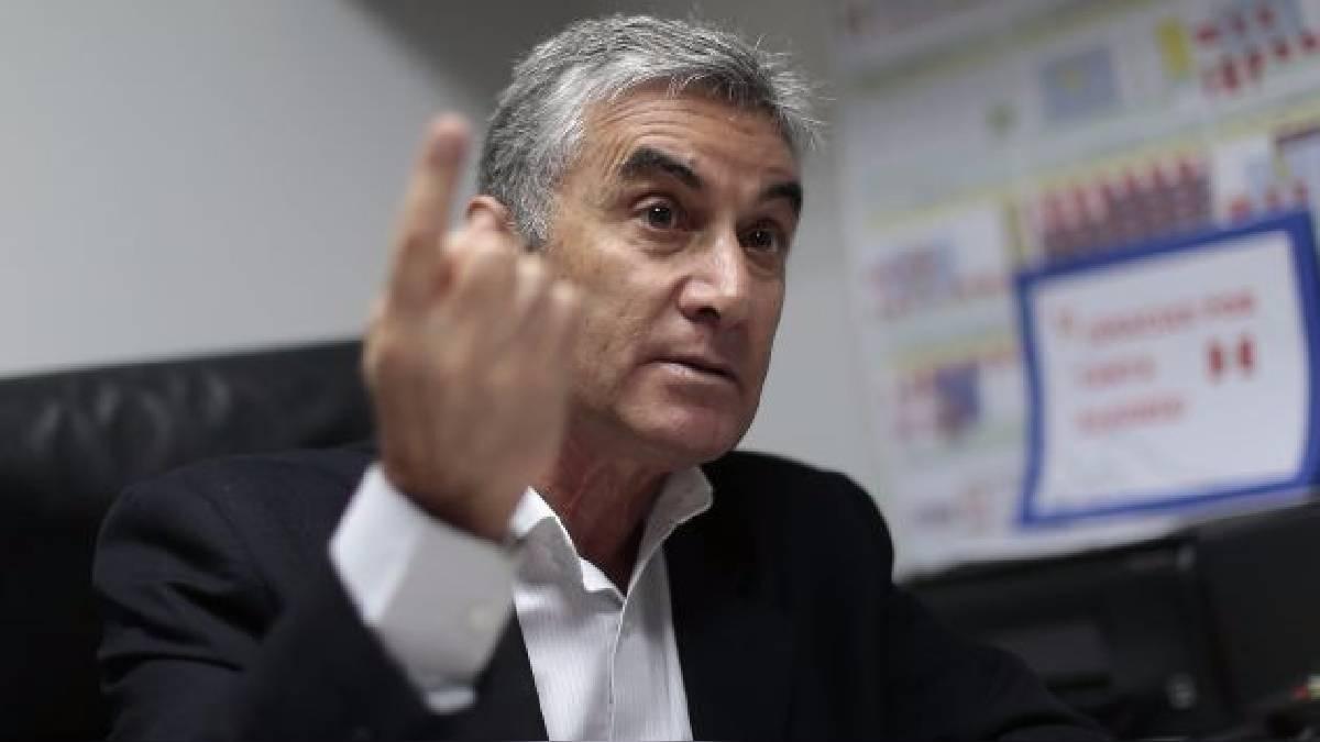 Reunión entre Ricardo Gareca y Oblitas fue positiva
