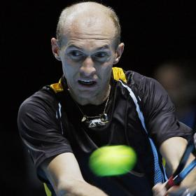 Nikolay Davydenko bate a Del Potro y se proclama campen del Masters