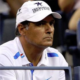 Toni Nadal insta a revisar las superficies para evitar lesiones