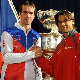 Ferrer y Stepanek abrirán mañana la final de Praga