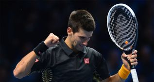 Djokovic gana ante Federer su segunda Copa de Maestros