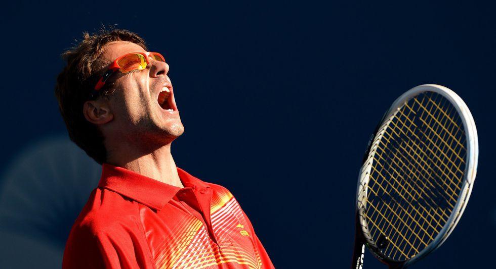 Tommy Robredo y Melo se hacen con el título de dobles