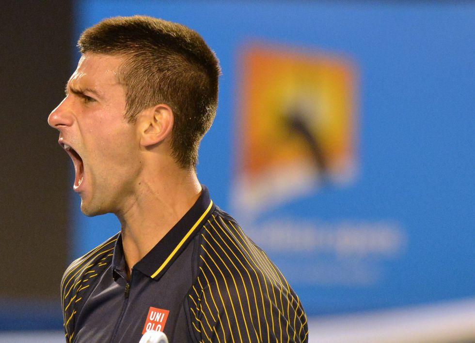 Djokovic sobrevive a su primera prueba de fuego en Australia