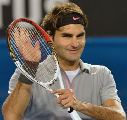 Federer, en la pista de Emerson