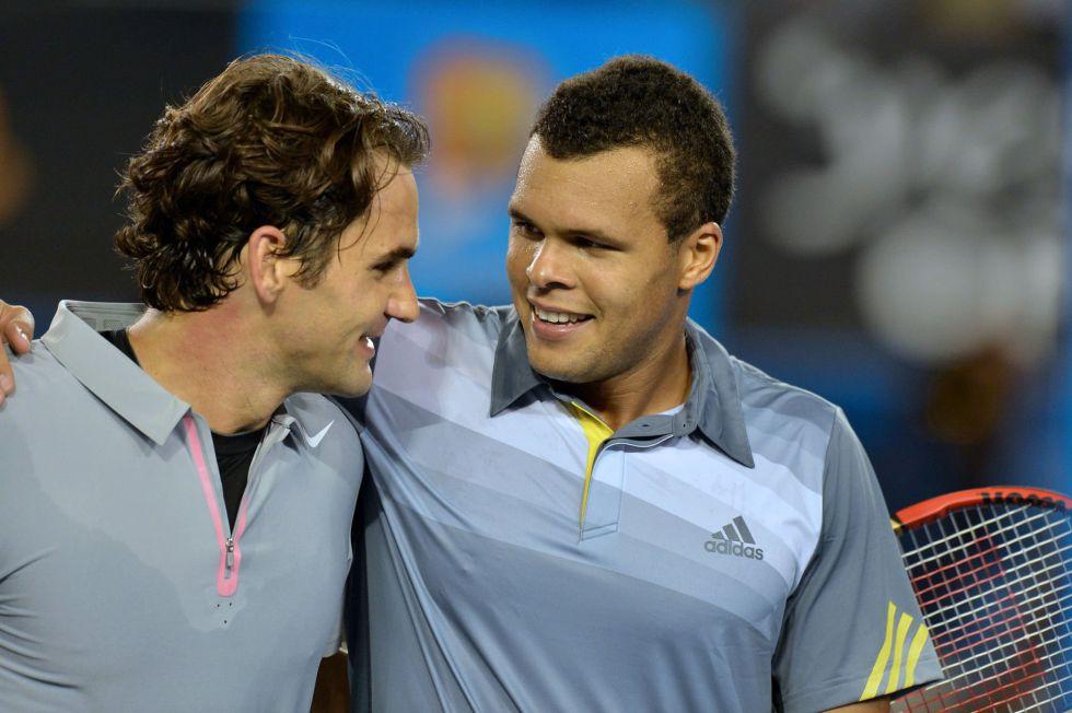Federer sufre para ganar a Tsonga y se medirá a Murray