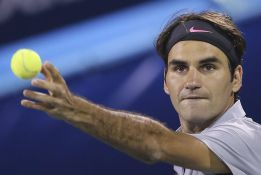 Federer elimina a Granollers y Djokovic a Roberto Bautista