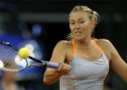 Sharapova sufre ante Kerber, pero jugar la final ante Na Li