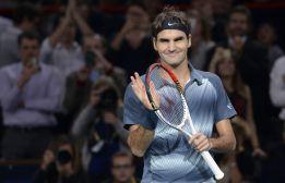 Federer gana y logra el pase para el Torneo de Maestros