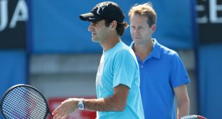 Roger Federer se reinventa con Stefan Edberg y otra raqueta