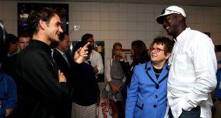 """Federer busca más impulso en su """"ídolo"""" Michael Jordan"""