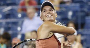 Wozniacki vuelve arrolladora a semis y se enfrentará a Peng