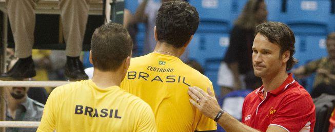 Copa Davis: fuera, sin Carlos Moyá y con el gancho de Río