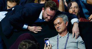 Mourinho apareció en el tenis y la diversión llegó a las gradas