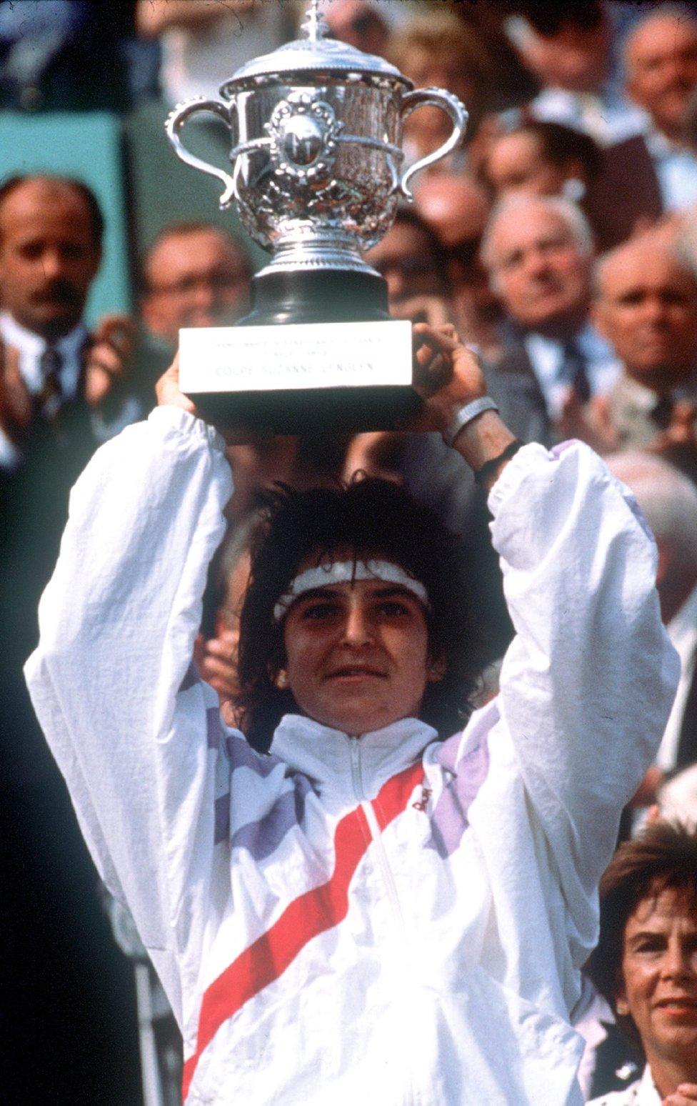 ROLAND GARROS Los 3 Roland Garros de Arantxa Sánchez Vicario AS