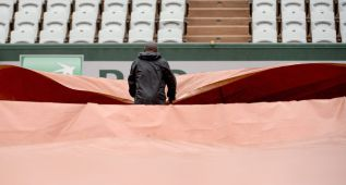 La lluvia interrumpe la jornada en Roland Garros
