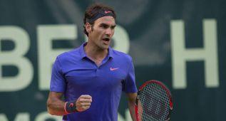 Federer sufre en Halle en su debut ante Kohlschreiber