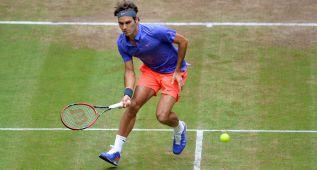 Federer anula a Karlovic y accede a la final por décima vez