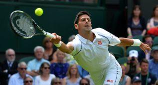 El resto de Djokovic gobierna la pista central de Wimbledon