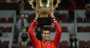 Un Djokovic intratable vuelve a someter a Rafa Nadal: 6-2 y 6-2