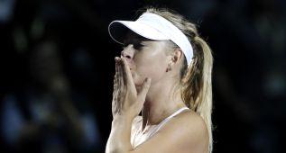 Sharapova, semifinalista con Radwanska, adiós a Pennetta