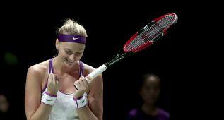 Kvitova sorprende a Sharapova y es finalista ante Radwanska