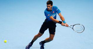 Un insaciable Djokovic arranca con destrozo a Nishikori
