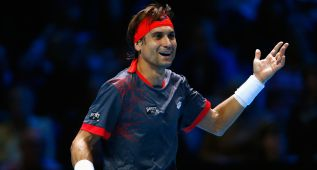 Ocho dobles faltas condenan a David Ferrer ante Andy Murray