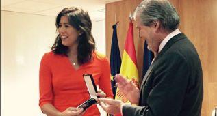 Muguruza recibe la medalla de bronce al Mérito Deportivo