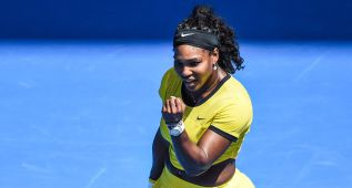 Serena Williams avanza a cuartos de final en Australia