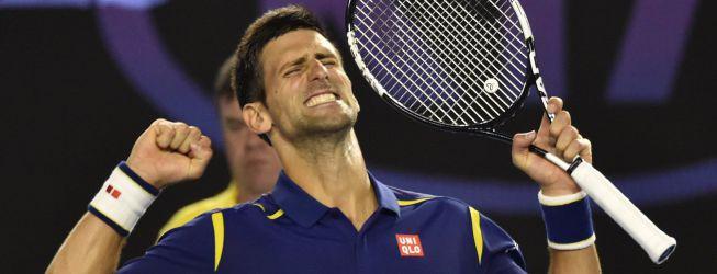 Djokovic aniquila a Federer y disputará la final de Australia
